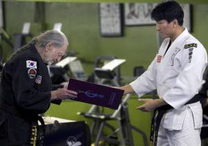 WILLIE_NELSON-BLACK_BELT_37351741